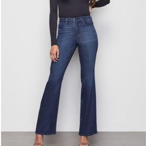 NWT Good American The Flare jeans 👖size 28